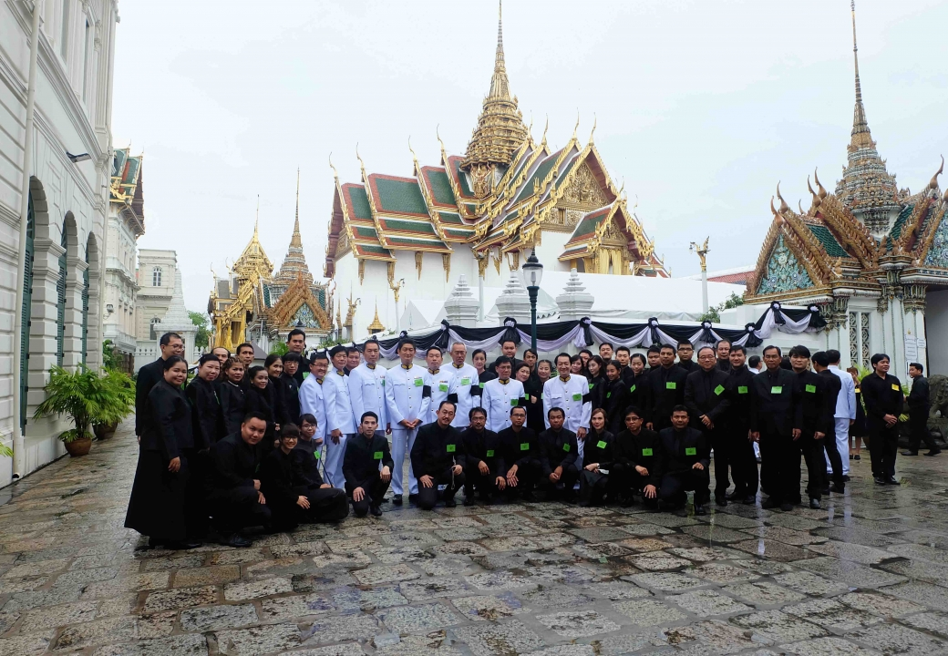 Mitsubishi Elevator (Thailand) and Mitsubishi Electric afiliated companies co-hosted the royal funeral chanting
